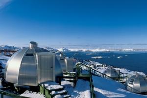 Hotel-Arctic-Igloos